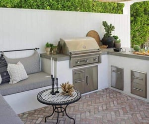 patio, yard, and deco image