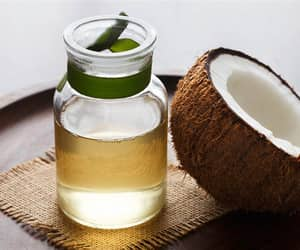 coconut oil and essential oils image