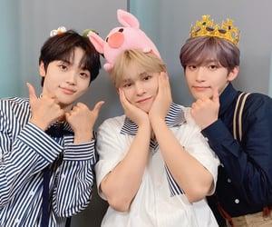 jungmo, serim, and hyeongjun image