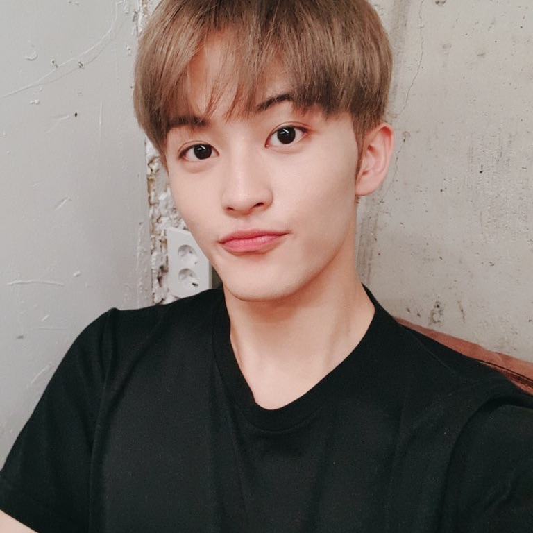 mark lee, nct, and nct 127 image