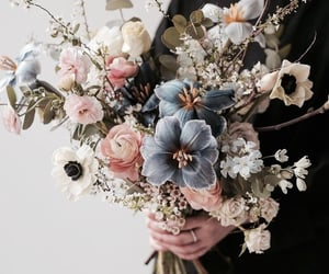 bouquet and flowers image