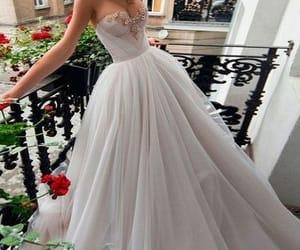 wedding dress, tulle wedding dress, and 2020 wedding dress image