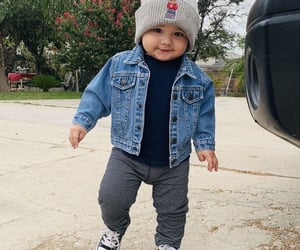 aesthetic, baby boy, and minimalism image