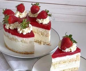cake, strawberry, and aesthetic image