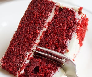 cake, red velvet, and foodporn image