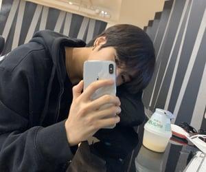 treasure, yoon jaehyuk, and mirror selfie image