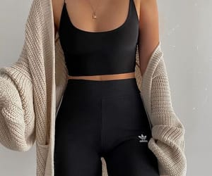 leggins and top image