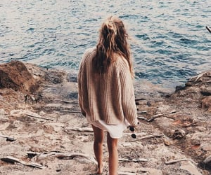 girl, style, and sea image