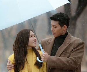 couple, hyun bin, and tv image