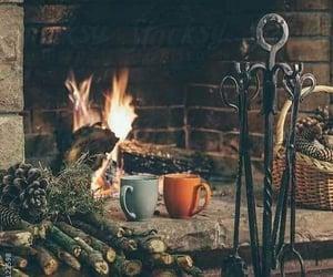 Días de lluvia y café en casa... Espero que llegues y hagas más cálidas mis horas... Leregi Renga