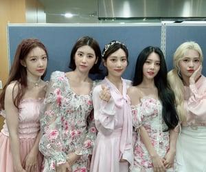 DIA, yebin, and huihyeon image