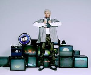 chanyeol, exo sc, and exo sc 1 billion views image
