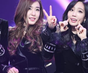 snsd, tiffany young, and taeyeon image