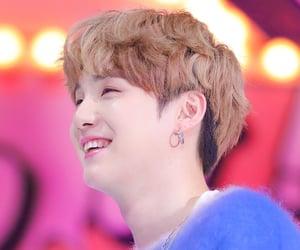 smile, bts, and min yoongi image