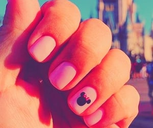 disney, fun, and manicure image