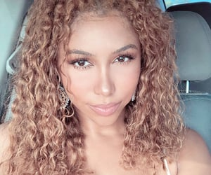 blonde curls, curly girl, and tylah bazzi image
