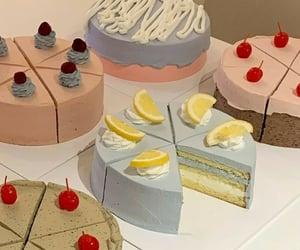Aesthetic cake decor