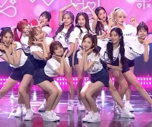 girl group, lq, and izone image
