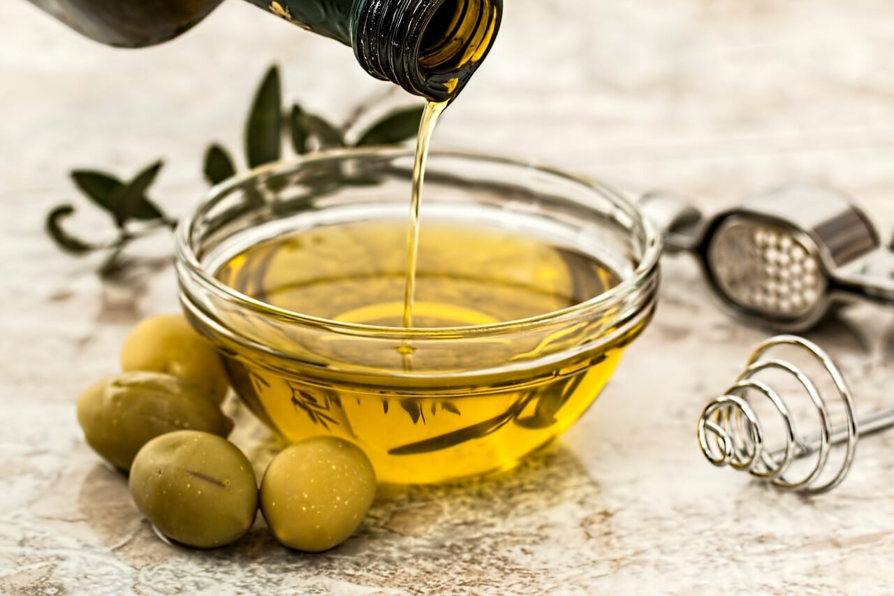 olive oil, cooking oils, and organic cooking oil image