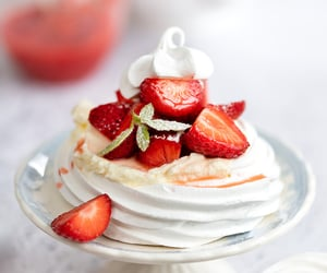 Perfect Meringue Nests | Step By Step Guide - Supergolden Bakes