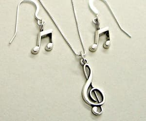 band, earrings, and treble clef image
