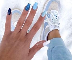 summer nails image