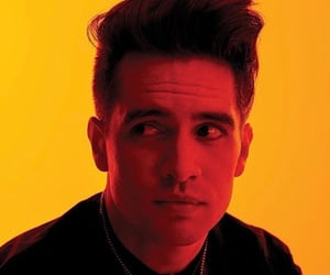 brendon urie, celebrities, and P!ATD image