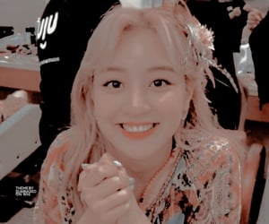 jihyo theme 2/2             like if using             do not repost             made by              suabiased on whi
