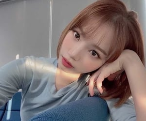 icon, kpop, and chaewon image