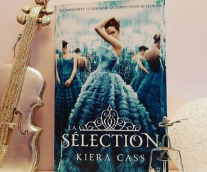 read, selection, and book image