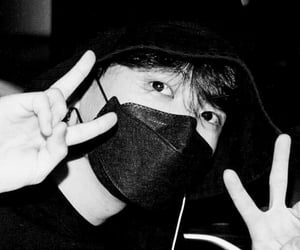 black, black n white, and cutie image