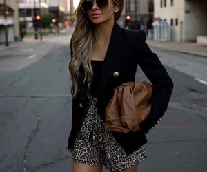animal print, leopard, and working girl image