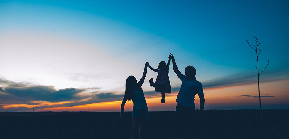 article, family, and sister image