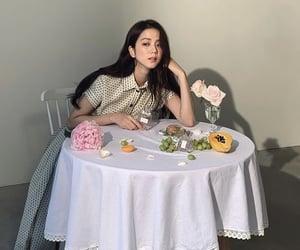 photoshoot, fashion makeup, and elegant chic image