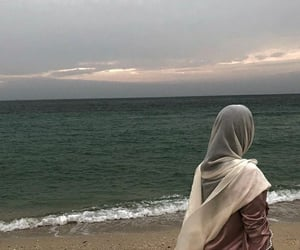 aesthetic, hijab, and sea ocean image