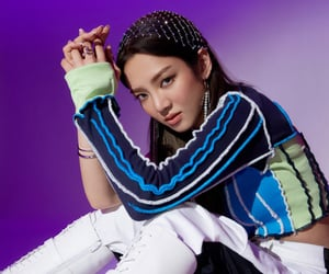 kpop, hyoyeon, and hyo image