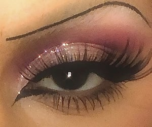 2000s, makeup, and cateye image