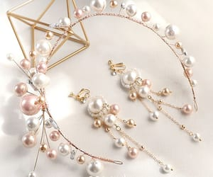 bridal jewelry, earrings, and headpieces image