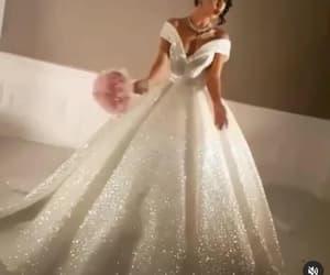boho wedding dresses, robe de mariée, and princess wedding dresses image