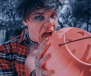 boy and yungblud image