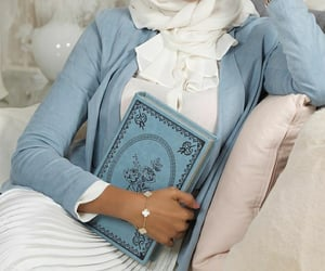 aesthetic, hijab, and vintage soft image