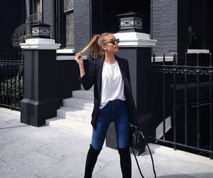 casual, chic, and moda image