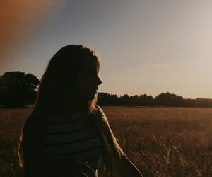 aesthetic, country, and girl image