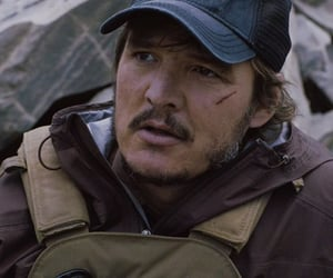 pedro pascal and triple frontier image