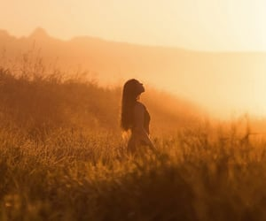 aesthetic, field, and girl image