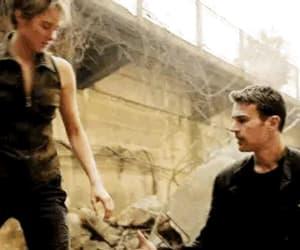 couple, gif, and Shailene Woodley image
