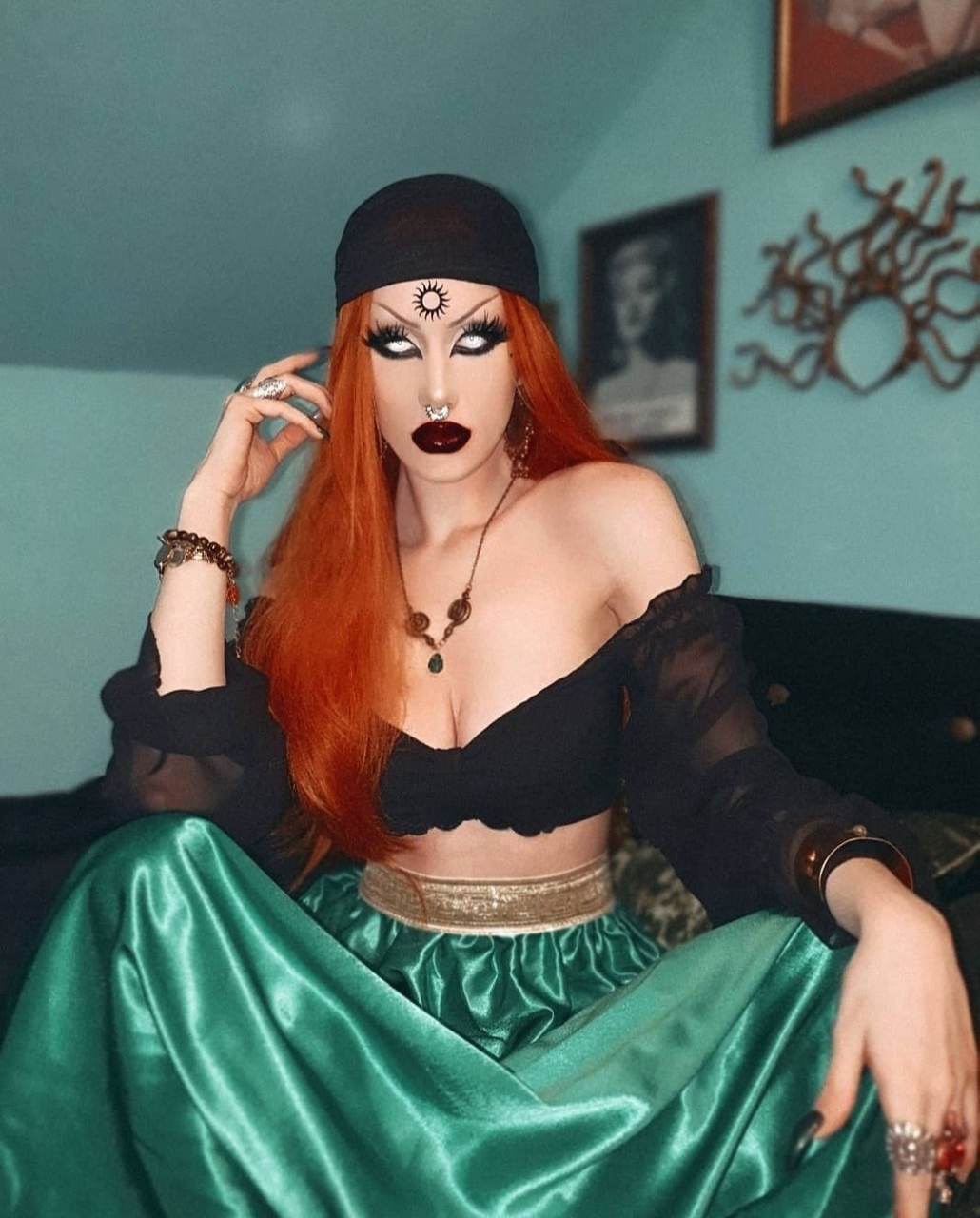 fashion, makeup, and goth image