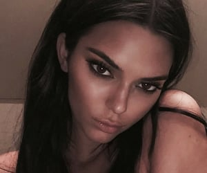 beauty, kendall jenner, and glamour image