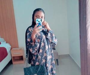 hijab fashion and hijâbi image