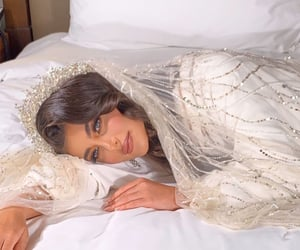 bride, fairytale, and glamour image